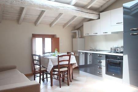 Appartamento Pozzolengo 5: Trilocale 5 posti letto - Cavriana - Leilighet