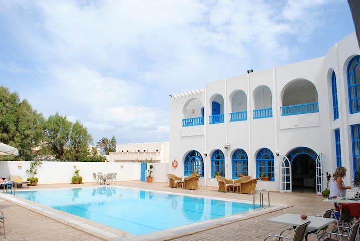 Comfortable Twin Room 02, Tunisia