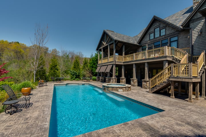 Retreat in Bright`s Creek Reserve | 25 Min. To TIEC | Pool, Spa and Views!