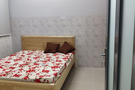 Happy House, private room with bed room