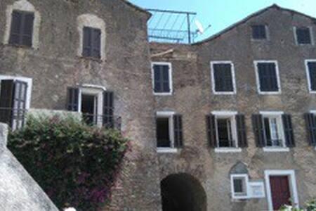 Appartement centre village - Poggio-Mezzana