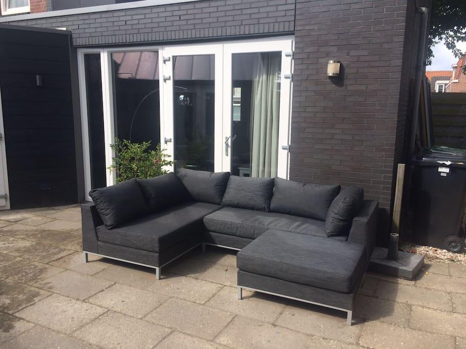 Ruime luxe loungeset (gezamelijk gebruik)