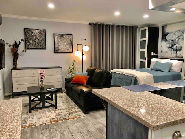 Neighborhood Guest Suite