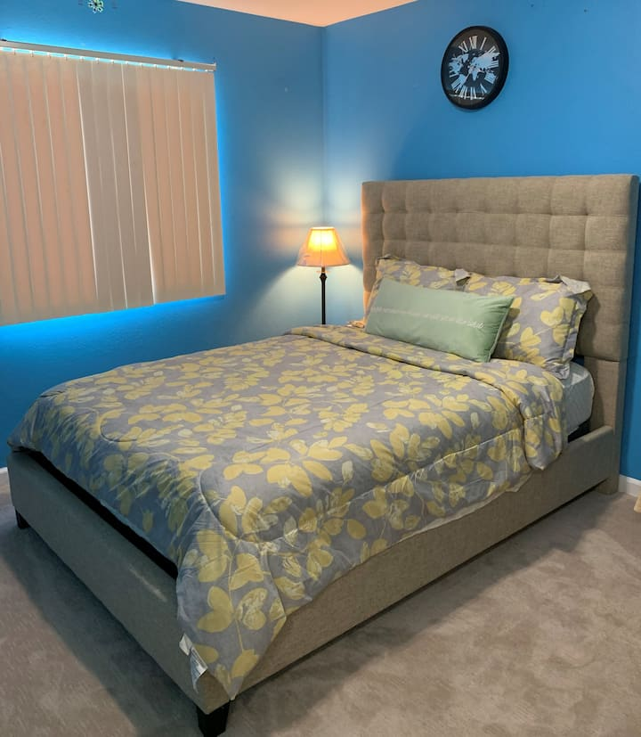 Private Bedroom H