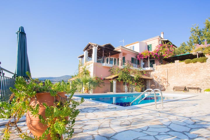 Villa Sandy-Apartment by the Pool