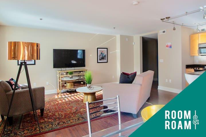 Room & Roam | Country Club Plaza | Bright Studio