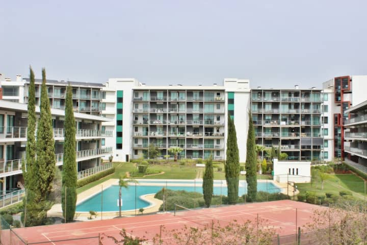 Residences Golf Club Apartment