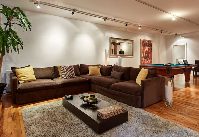 Spacious 2 Bdrm Loft - Chelsea, NYC - New York - Appartement