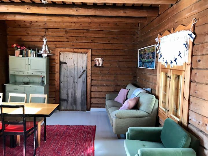 Cozy little hut at Saimaa Lake
