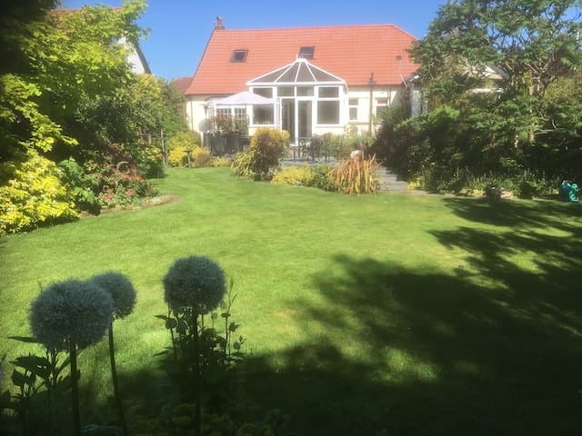 Southport home with nice garden