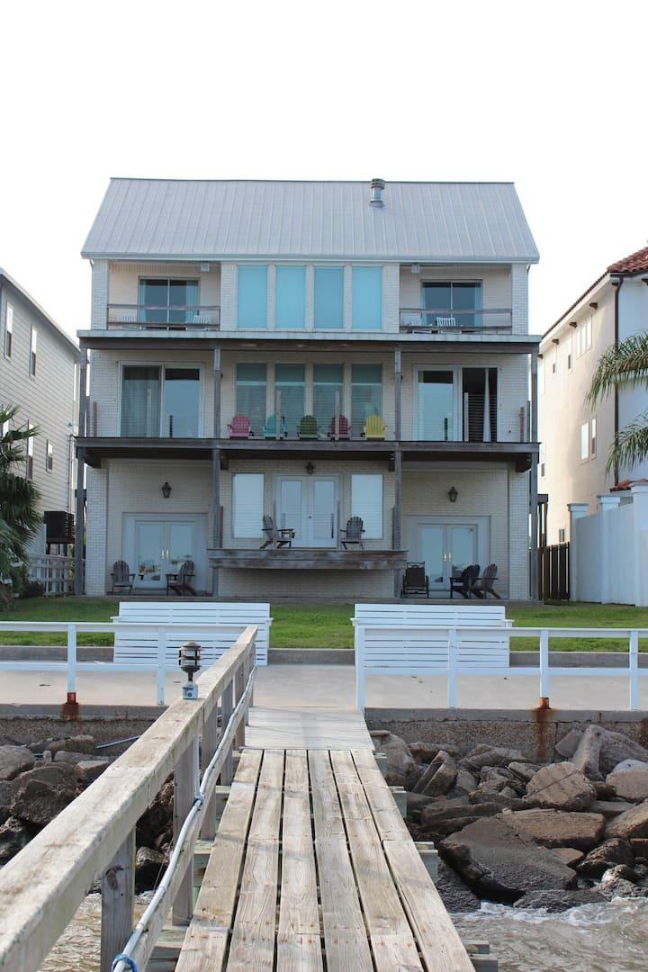 Seaside Inn Room W