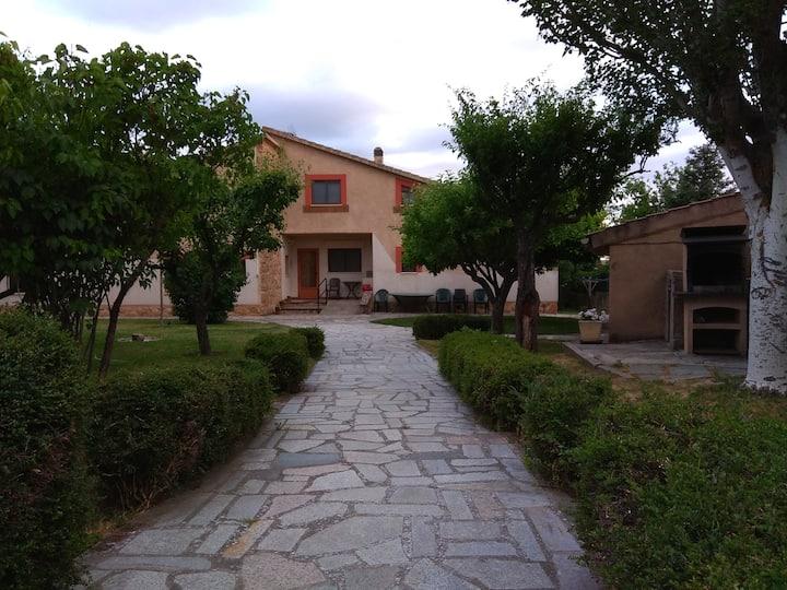 Casa Rural de 8 pax, junto a la ciudad de Segovia
