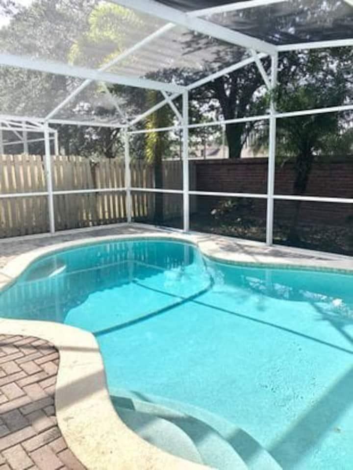Great 4Room House/Pool-Gran Casa 4 Cuartos/Piscina