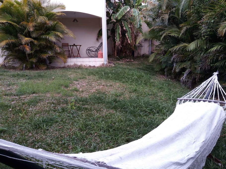 La varangue depuis le jardin