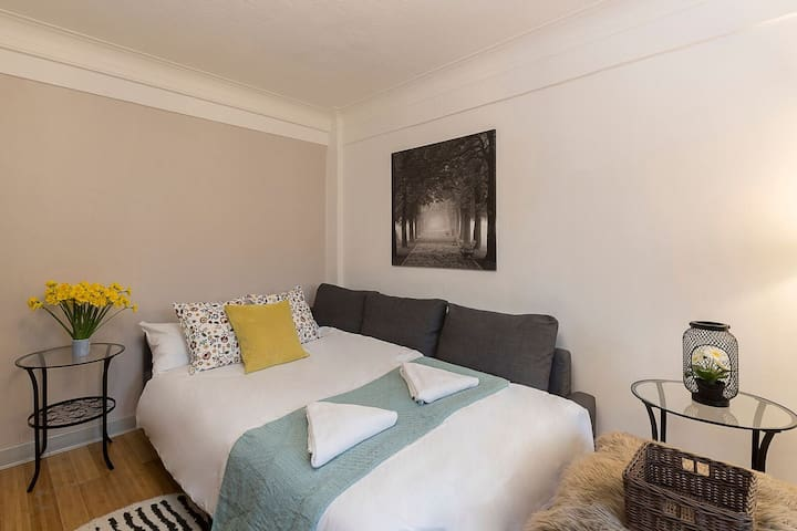 Charming Apartment Near Hyde Park & Oxford Street