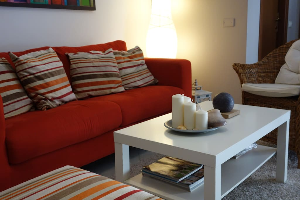 SOFA IN LIVING WHICH CAN BE TRANSFORMED TO DOUBLE BED