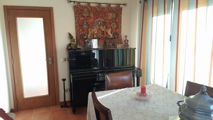 """Country house in City"" - 2 rooms in Coimbra"