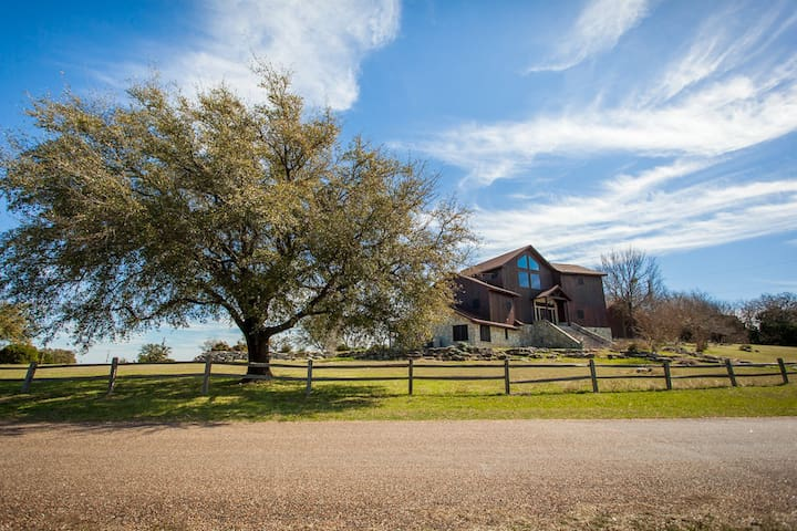 Incredible Tri-Level Home With Lake Whitney View