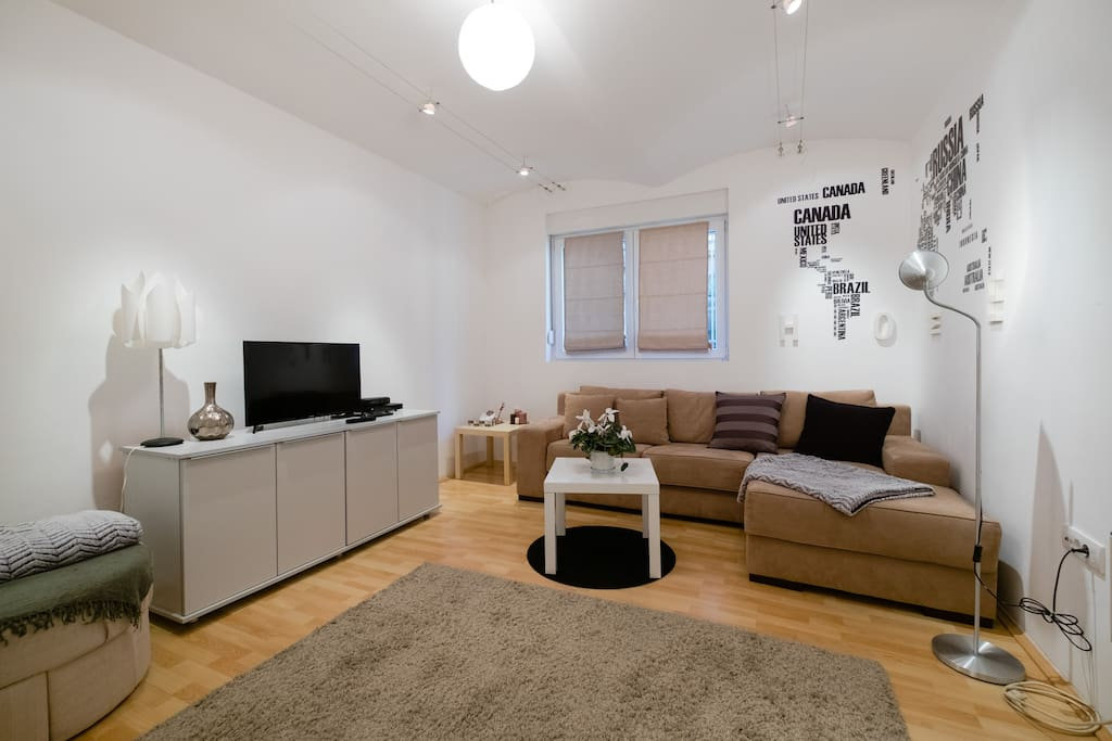 Apartment with style in the CITY CENTER-cozy living room