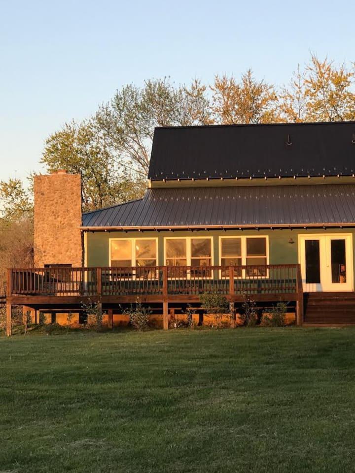 Country Farmhouse, Near Fine Creek Mill