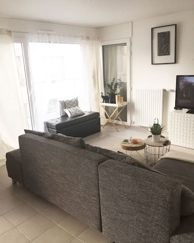 ChicClichy :  Share with us our cosy flat - Clichy - Appartamento
