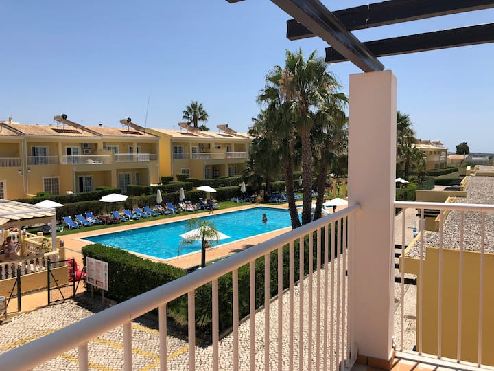 2 Bed Apartment in Pera