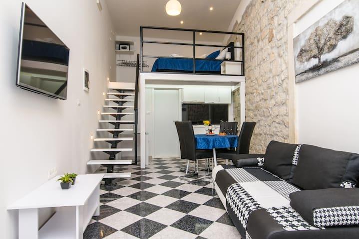 Studio Apartment REA Blue - Trogir - Apartment