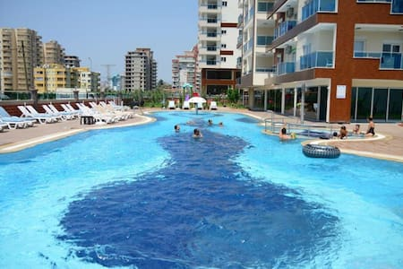 Suitable flat in a big complex,pool - Махмутлар