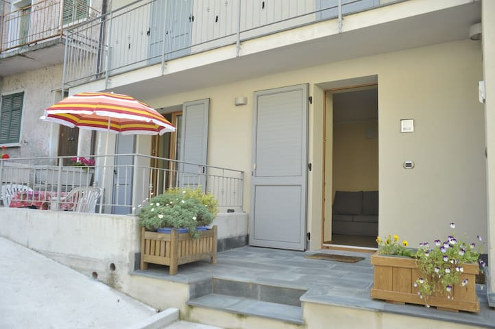 B&B e Casa Vacanza Monastero-App.1°Piano - Dubino - Apartament