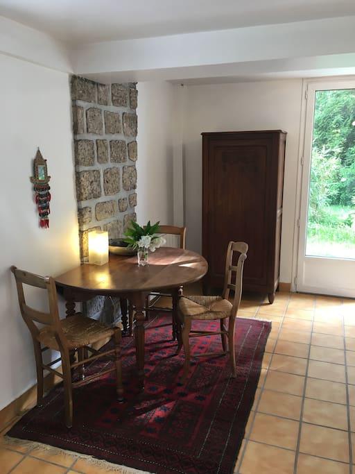 Petit studio meubl avec entr e priv e appartements - Location appartement meuble ile de france ...