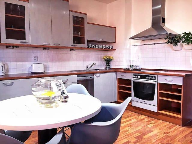 Apartment MODERN
