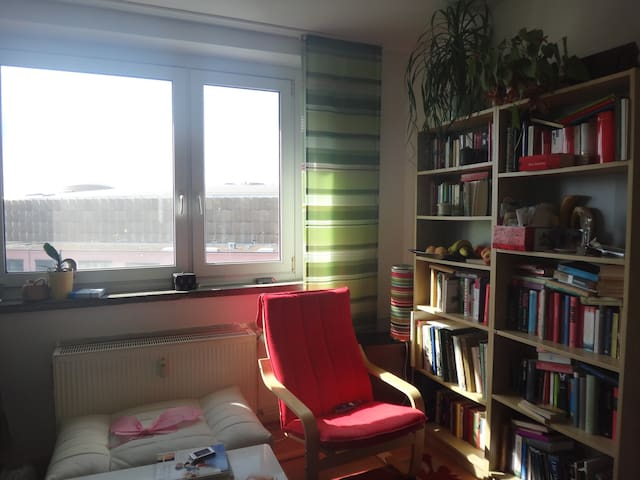 Central and Bright Apartment - Berlin - Appartement en résidence