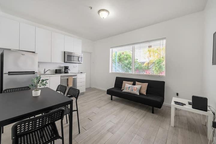 104 Brand New Apartment