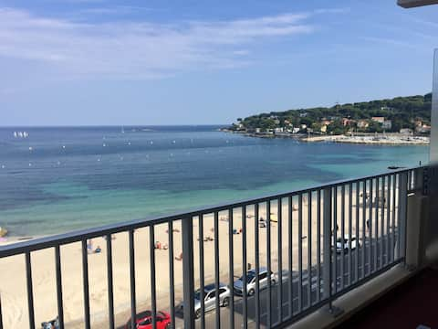 antibes in front on the beach with parking