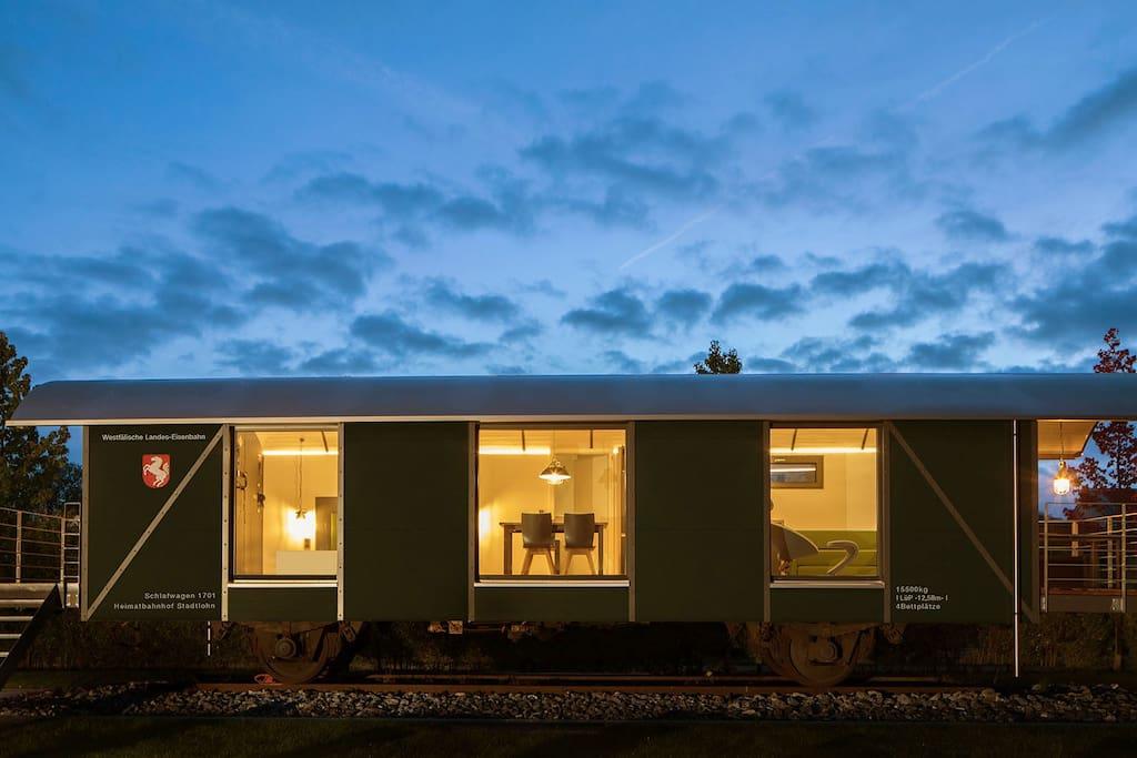 luxus appartment ferienwohnung im eisenbahnwaggon z ge zur miete in stadtlohn nordrhein. Black Bedroom Furniture Sets. Home Design Ideas