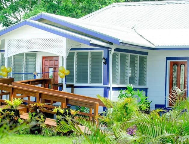 Ulalei Lodge - Single Rooms