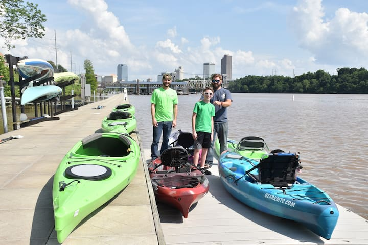 Kayak Rentals are available on the marina for a river cruise