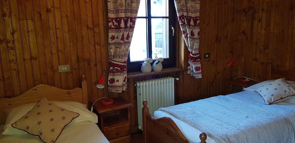 Caloroso Appartamento nel cuore di Champolu