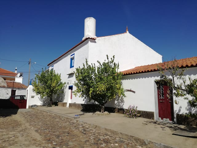Casa típica alentejana, Monsaraz.