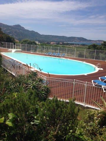 T3 dans résidence avec piscine vue - Lumio - Apartment