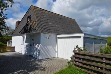 Haus Sorgenlos an der Nordsee - Butjadingen