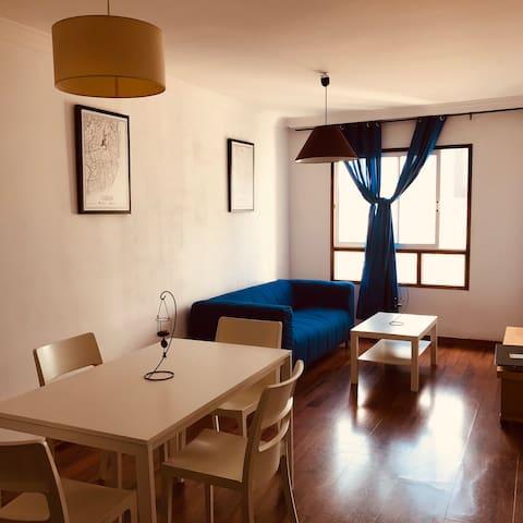 Piso de tres Habitaciones