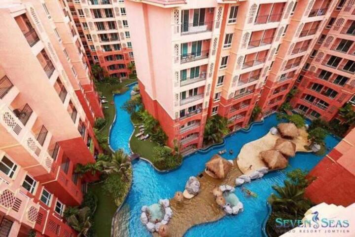 芭堤雅最大主题泳池公寓/七海公寓/健身房/泳池/超好环境步行500米到海滩