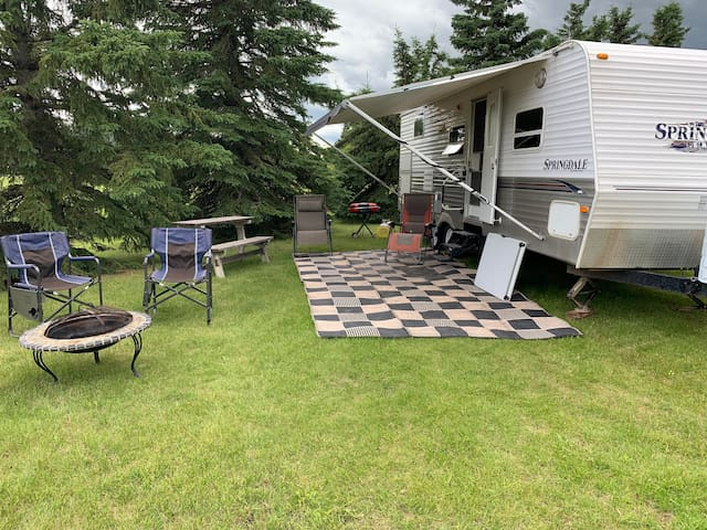 Comfortable camping experience on a large acreage