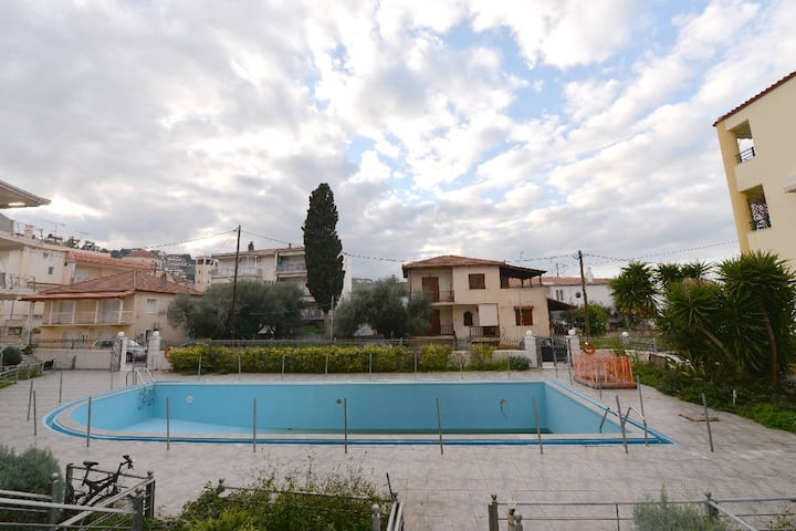 Comfortable maisonette with pool @ Aigeira