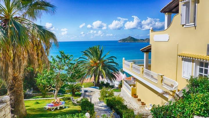 Flora Beach Appartement 1 - Panorama Meerblick nur 50m vom schönen Sandstrand entfernt