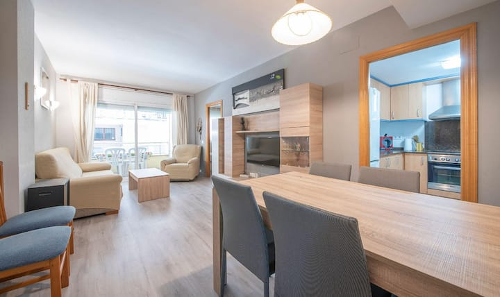 Apartamento en la planta baja 20m de la playa