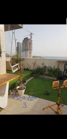 Beautiful Rooftop resort on the beach fab Sea view