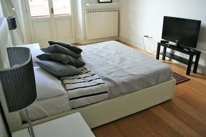Pescara Palace-lovely apartment in the city center