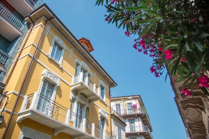 Aqualago casa vacanze  free- wifi